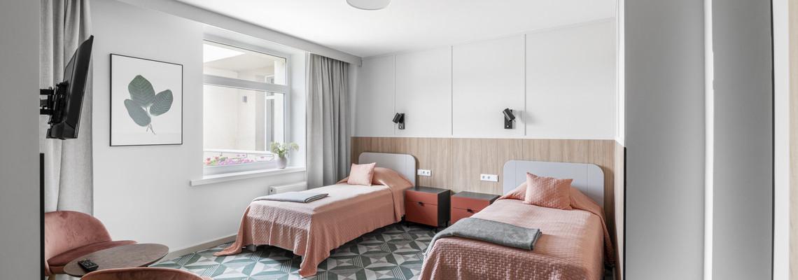 Dviejų kambarių standartinis pagerintas numeris    (A korpusas)